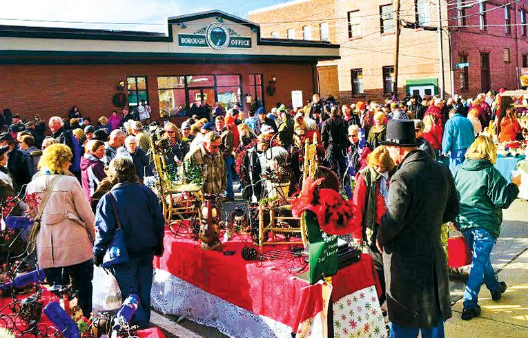 wellsboros annual dickens of a christmas celebration sees hundreds of locals and tourists pour into the